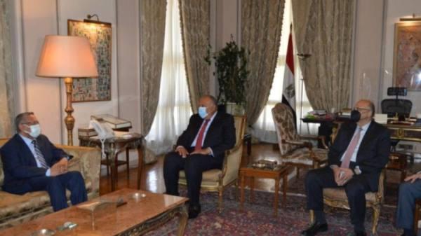 مصر تدعو للتوحد خلف المبادرة السعودية لحل أزمة اليمن
