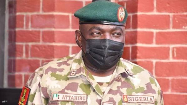 مصرع قائد الجيش النيجيري بحادث تحطم طائرة عسكرية شمالي البلاد