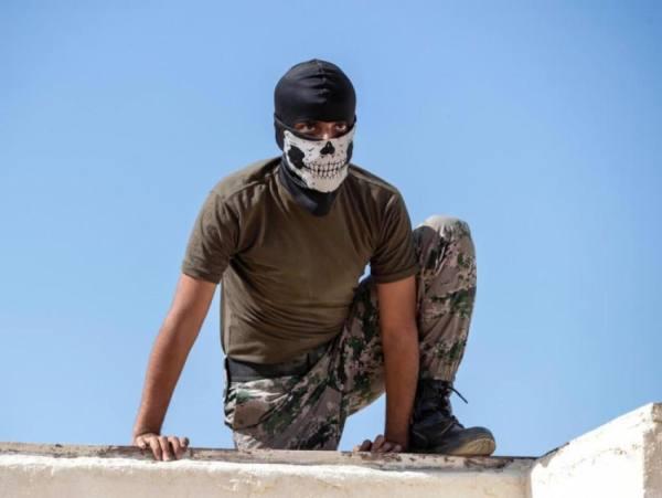 الاميرعبدالعزيز بن سعود لرجال الامن: أسود الداخلية ،، بيض الله وجيهكم يا رجال