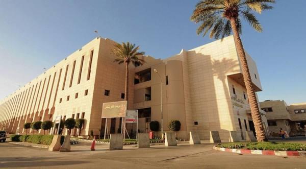 نجاح عملية استبدال الفقرة العنقية بأخرى اصطناعية في مستشفى الملك فهد التخصصي ببريدة