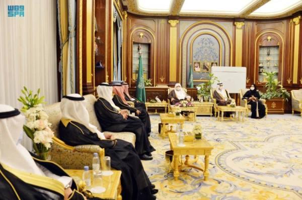 رئيس الشورى يستقبل عددًا من سفراء خادم الحرمين المعينين حديثًا
