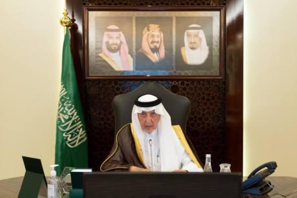 الفيصل يطلع على أعمال وخطط أمانة وقف الملك عبدالعزيز للعين العزيزية