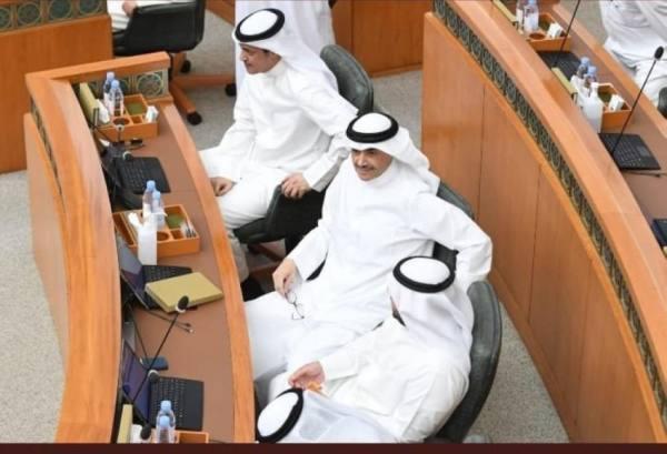 عدد من النواب في الأماكن المخصصة لحضور الوزراء