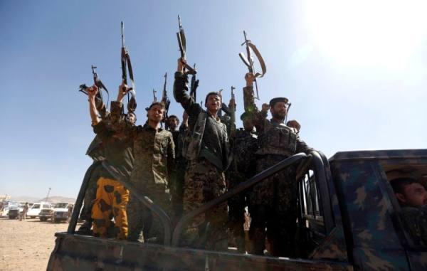 اليمن: يجب الضغط على إيران لوقف تسليح الحوثيين