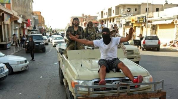 تركيا تدفع بـ 380 مرتزقاً سورياً للقتال بليبيا