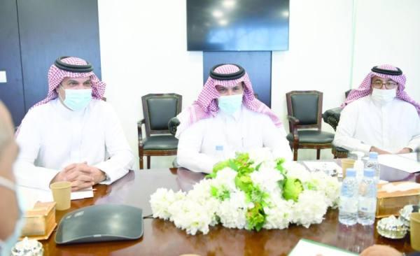آل جابر يبحث «اتفاق الرياض» مع ممثلي «الجنوبي»