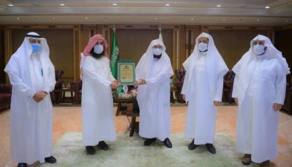 السديس يستلم تقرير إنجازات وكالة الرئاسة لشؤون المسجد النبوي