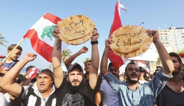 البنك الدولي: لبنان يغرق في أسوأ 3 أزمات عالمية