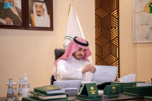 أمير الجوف يستعرض مؤشرات مشاريع الجهات الحكومية