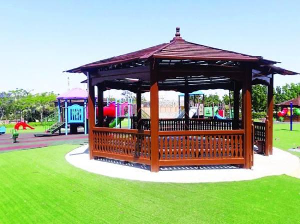 صيانة حدائق ومتنزهات الطائف استعدادا للموسم السياحي
