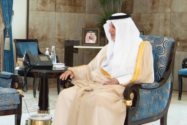 الفيصل يستقبل مدير التحريات الإدارية بالمنطقة