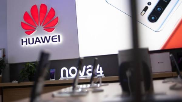 هواوي تطلق نظامها التشغيلي الخاص في مواجهة العقوبات الأميركية