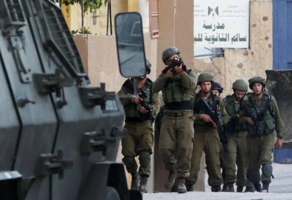 عشرات المستوطنين يقتحمون الأقصى واستشهاد فلسطينية في قطاع غزة