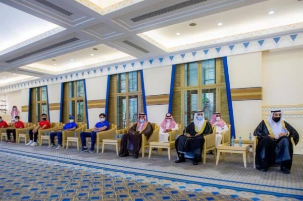 فيصل بن مشعل يستقبل أعضاء نادي الحزم بمناسبة صعوده لدوري الأمير محمد بن سلمان للمحترفين