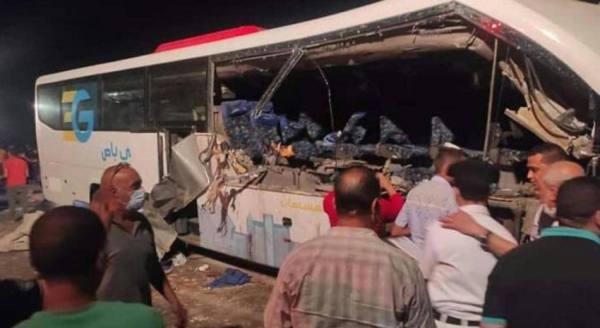 5 قتلى و23 مصابا في تصادم جنوب مصر