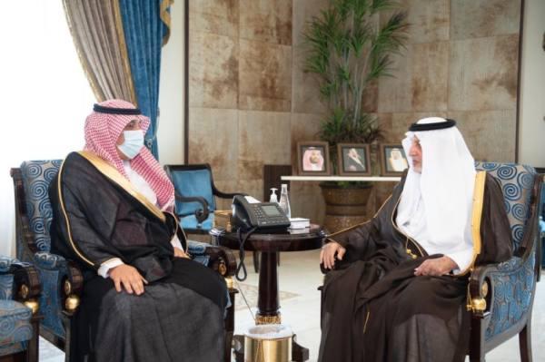 أمير مكة ونائبه يستعرضان جهود مكافحة المخدرات بالمنطقة