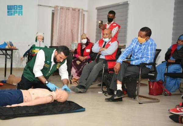 مركز الملك سلمان للإغاثة ينظم دورة تدريبية بمجال الإسعافات الأولية في موريتانيا