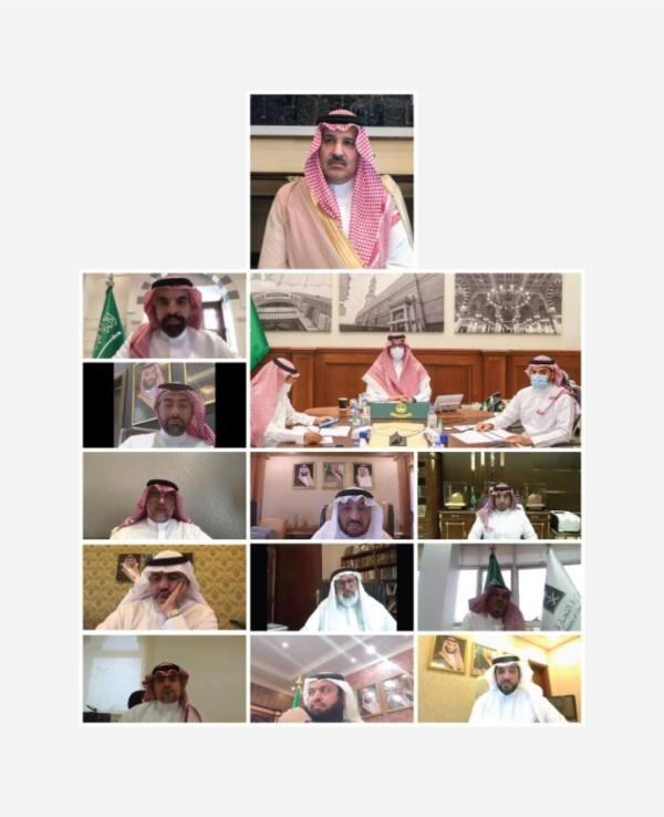 أمير المدينة: تشكيل مجلس شباب المنطقة لتفعيل أدوارهم التنموية