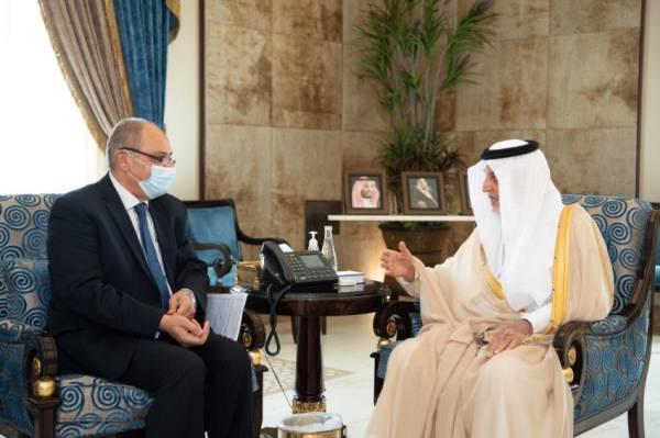الفيصل يستقبل السفير المصري