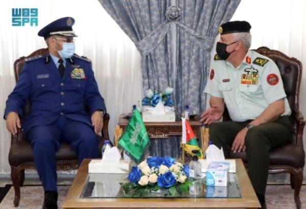 رئيس هيئة الأركان يحضر احتفالات الذكرى المئوية الأولى لتأسيس مملكة الأردن