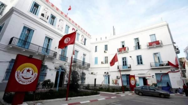 اتحاد الشغل التونسي يلوح بالإضراب عقب حادثة سحل وتعرية شاب