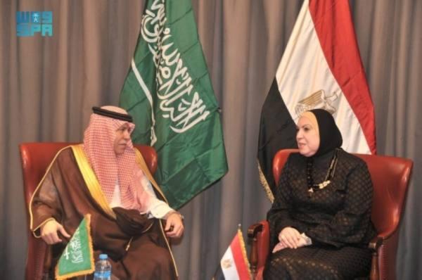 القصبي يستعرض علاقات التعاون التجاري مع عدد من الوزراء المصريين