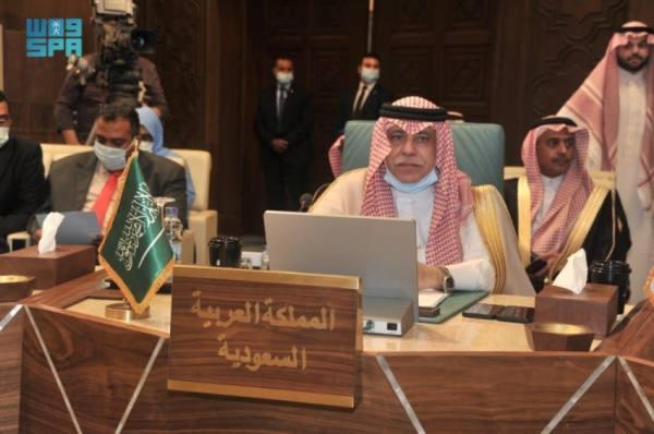 وزير الإعلام ونظراؤه العرب يناقشون مبادرة المملكة لاستراتيجية التعامل مع جائحة كورونا