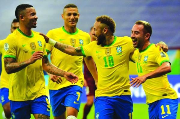 البرازيل لمواصلة بدايتها القوية تواجه البيرو