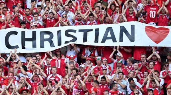 في مشهد إنساني.. توقف مباراة الدنمارك وبلجيكا لمدة دقيقة دعما لإريكسن