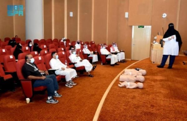 مهارات إسعافية لشباب السعودية