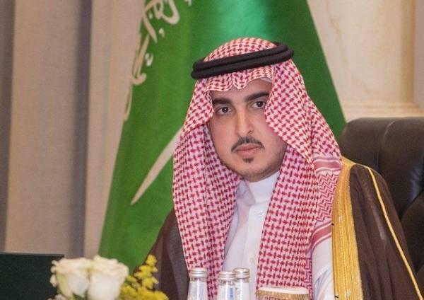 أمير الجوف يبحث مع وزير الصناعة الاستفادة من الفرص الاقتصادية والتنموية والاستثمارية