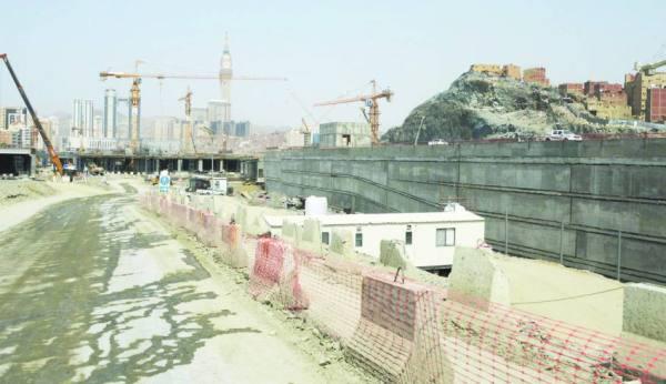 إنجاز 65 % من مشروع طريق الملك عبد العزيز الموازي بمكة