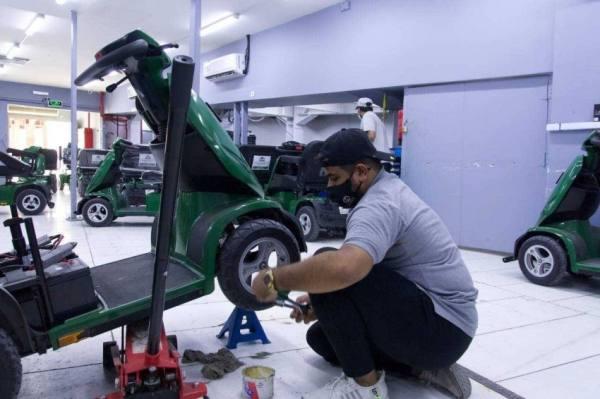 صيانة وتجهيز 2000 عربة لخدمة ضيوف الرحمن بالمسجد الحرام