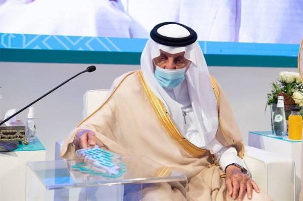 أمير مكة يضع حجر الأساس لــ