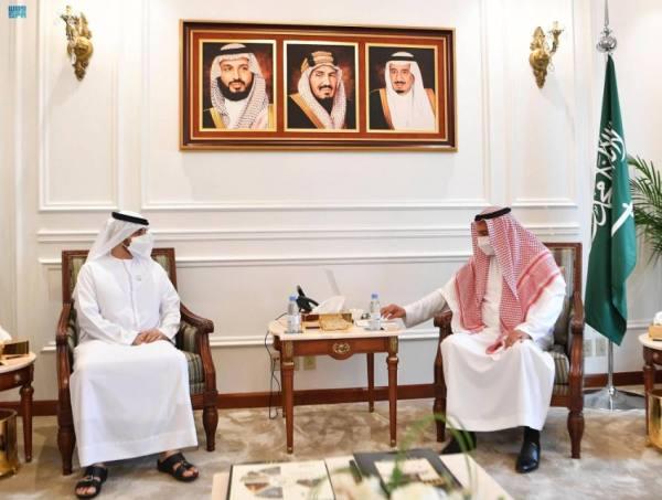 مدير فرع وزارة الخارجية بمنطقة مكة المكرمة يستقبل القنصل العام الإماراتي