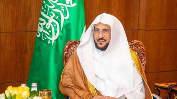آل الشيخ يوجه بالتوسع في فتح المصليات والجوامع والمساجد لإقامة صلاة عيد الأضحى