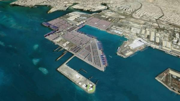 «الاستثمارات» و«كوسكو» يشتريان 21 % في «البحر الأحمر»