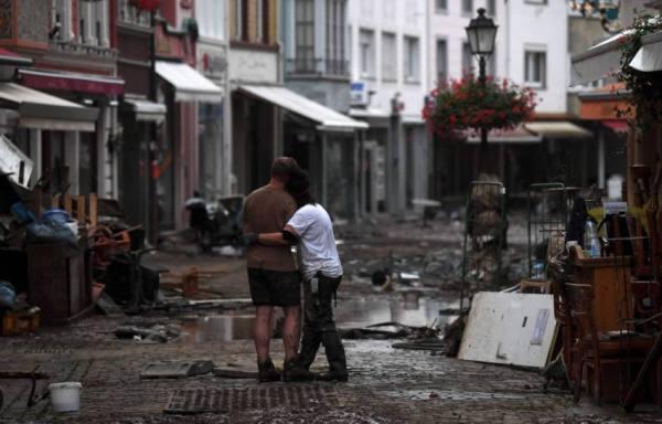 الفيضانات في ألمانيا تخلّف 93 قتيلا أٌقله ومئات المفقودين