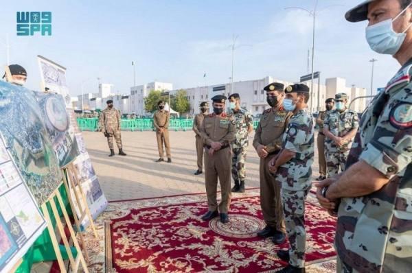 مدير الأمن يتفقد الجهات الأمنية المشاركة في الحج