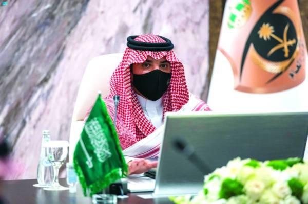 وزير الداخلية يشدد على الإجراءات الاحترازية بالحج