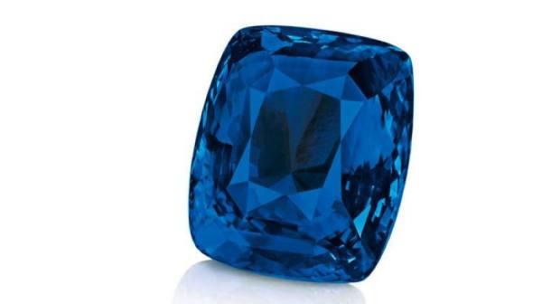 ياقوت أزرق من الكشمير تباع بمليوني يورو في مزاد