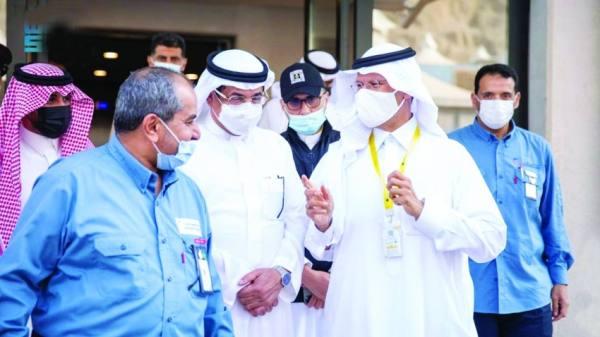 عبدالعزيز بن سلمان يوجه بمعالجة شبكات الكهرباء الداخلية بالمخيمات