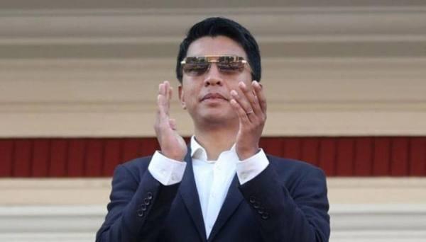 نجاة رئيس مدغشقر من محاولة اغتيال وتوقيف فرنسيين اثنين