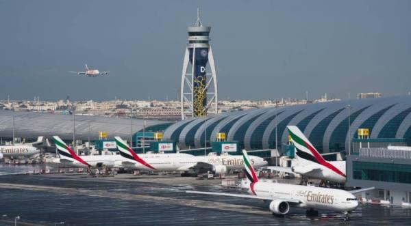 تصادم طائرتين بمطار دبي.. ولا إصابات