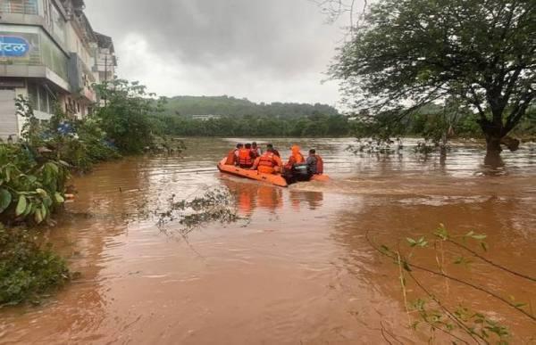 ارتفاع حصيلة ضحايا الأمطار الموسمية في الهند إلى 76 قتيلا على الأقل
