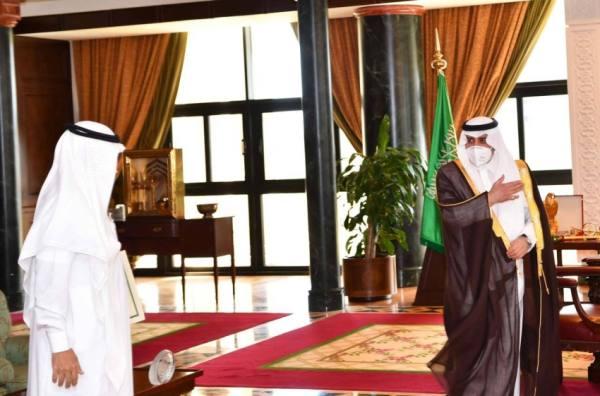 أمير تبوك يستقبل المهنئين بعيد الأضحى المبارك