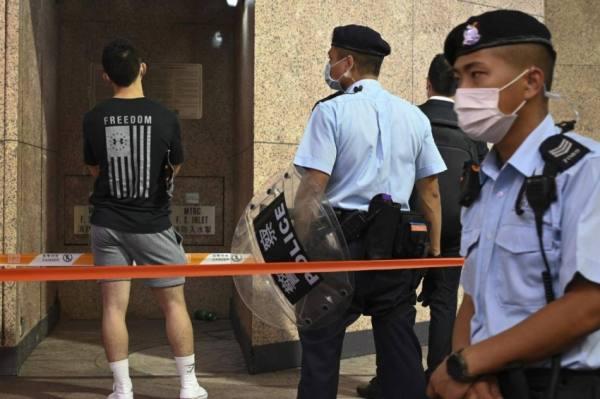 أول إدانة بموجب قانون الأمن القومي في هونغ كونغ