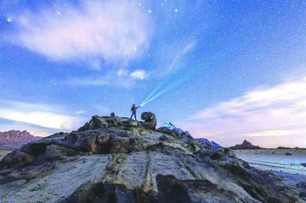 أرض المملكة موطن رحب لـ «السياحة الفلكية»