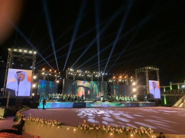 محمد عبده يشعل صيف الباحة ب ١٥ أغنية