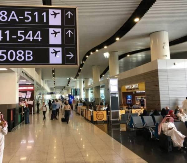 الطيران المدني: السماح بدخول السياح المحصنين..الأحد